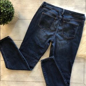 a.n.a Jeans - A.n.a skinny jeggings size 8